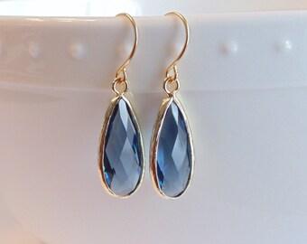 Sapphire earrings Bridal earrings Bridesmaid earrings Gift for her Dangle earrings Tear drop earrings Blue earrings Blue glass earrings