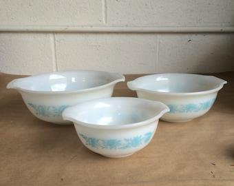 Vintage Set of 3 Glassbake Nesting Bowls