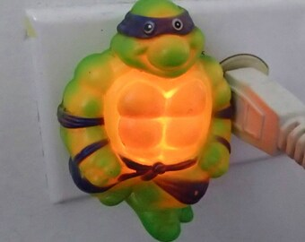 Teenage Mutant Ninja Turtle Donatello 80s Night Light Vintage Light Up Kids Toy