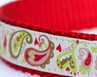 Paisley Dog Collar in Red and Green, Christmas Paisley Collar, Holiday Pet Collar