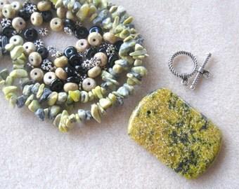 Yellow Turquoise Pendant Magnesite Beads, Jewelry Making Beads, Craft Supplies, DIY Jewelry Kit, Bead Kit, Gemstone Beads, Gemstone Pendant