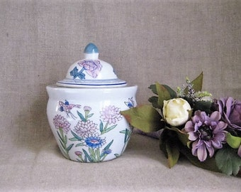 Asian/ Oriental Planter  / Pretty Vintage Asian Style Pot/Planter for Home or Wedding Decor / Floral Container/ Flower Pot /Jar