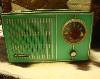 Vintage Kensington TRANSISTOR RADIO Mid-Century TEAL Would Be Great Hidey-Hole