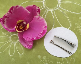Lavender Phalaenopisis orchid hair clip