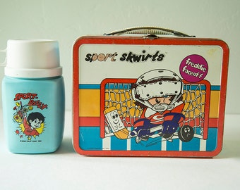 Vintage 1970s Ohio Art Sport Skwirts Metal Lunch box - With Sport Billy Thermos!