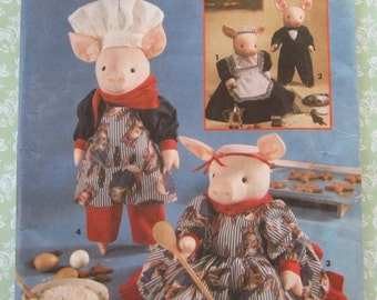 20 Inch Pigs and Clothes Pattern UNCUT Simplicity Crafts 8457 Faith Van Zanten Vintage 1990's