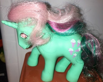 vintage 1985 Hasbro made in hong kong conclave foot Fizzy my little pony twinkle eyed unicorn pony RAD