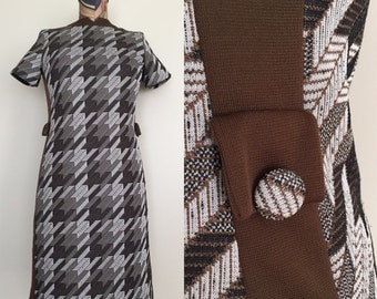 SALE 1970's Brown Houndstooth Shift Dress Polyester Dress Sz Small Medium by Maeberry Vintage