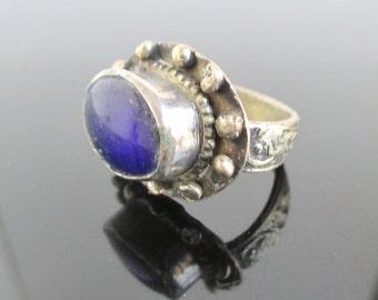 Vintage Handmade Ring w/ Blue Stone