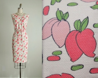 50's Novelty Dress // Vintage 1950's Berry Print Fitted Sheath Garden Party Dress XS S