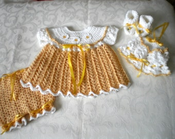 Daisy Newborn 4 Piece Dress Set