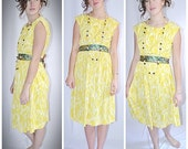 Vintage 1960s Yellow and White Silky Knit Sleeveless Day Dress Full Skirt Appliques Sz L/32 Inch Waist