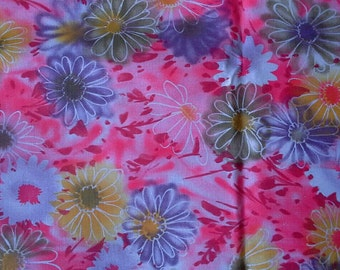 Brightly Colored Vintage Floral Cotton Fabric 4 Yards X0570