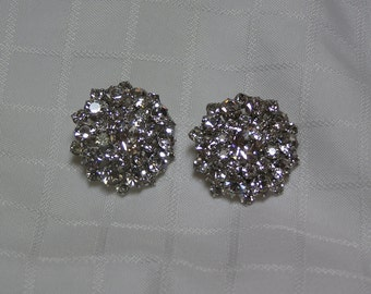 Vintage dazzling rhinestone flower clip earrings