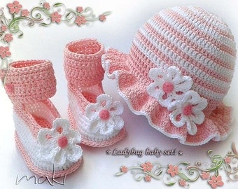 Ladybug baby set crochet pattern - hat with booties. Permission to sell finished items.