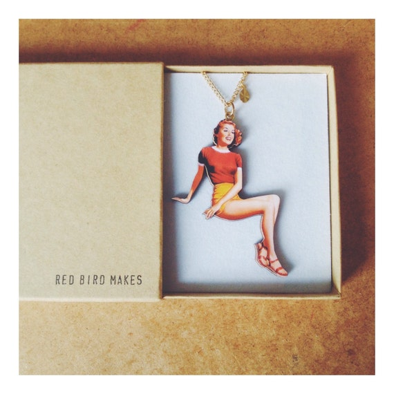 Vintage Pin Up Girl Necklace - Yellow Shorts