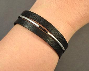 Leather Bracelet-Black Bracelet-Wrist Womens Bracelet-Sterling silver Bracelet-Bangle-Wrist Bracelet-Gift-Friendship Bracelet-Charm Bracelet