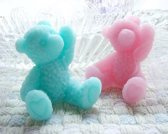Set of 2 Bear Guest Soaps. Cute Teddy Bear Soaps.  Rich Shea butter soap. Many colors available.