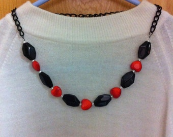 OOAK Black and Orange Necklace /Black Chain Necklace/Red and Black Glass Necklace/Mother's Day perfect Gift/Fashion Jewelry