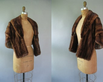 1950s Mink Fur Stole - Vintage Dark Brown Caplet Wrap - Winter Formal Bridal Fashion