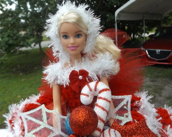 Mrs Santa/Christmas Centerpiece/Toilet paper Doll/Barbie doll/Red