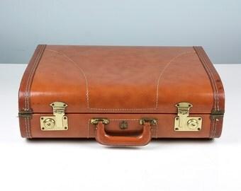 Vintage Suitcase, Brown Suitcase, US Trunk Co Suitcase,1950s Suitcase, Stackable Storage, Suitcase Photo Prop, Vintage Luggage, Mens Luggage