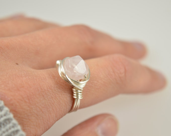 Rose Quartz Ring, Rose Gold Wire Wrapped Rose Quartz Ring, Rose Quartz Wire Wrapped Ring, Gemstone Ring, Rose Gold Ring, Pink Stone Ring