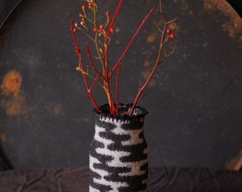 jar cover SASHIKO in black/grey, knitted, felted, jar cover, recycle, felted wool cover, vase, flower vase, Japanese design