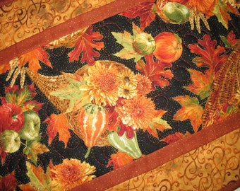 Autumn Table Runner, Leaves, Horn a Plenty, Floral, Fruit quilted fabric from Timeless Treasures