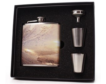 Personalized Flask // Flask Gift Set with Shot Cups, Funnel and Gift Box