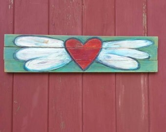 Heart with Wings Rustic wood Painting/ Distressed wood/ Pallet art/ flying heart