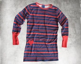 Blue stripe top/Women hip heart/Crew neck pull over