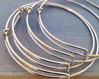 Expandable wire bangle bracelet for charms. Shiny silver wire. Qty 1. For stacking, charm bracelets. Bracelet blanks.