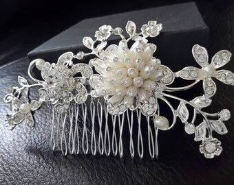 Wedding hair comb, Bridal Hair Comb with  Pearl Beads-Pearl Bridal Hair Comb Rhinestone Bridal Comb Weddings  Rinestone  Bridal Jewelry