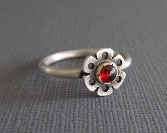 Small garnet ring, size 8 - flower gold and silver, mixed metal jewelry, simple silver ring, handmade ring