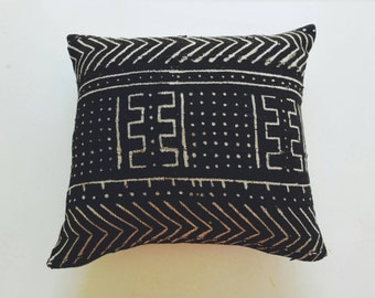 Black Mudcloth Pillow Cover - African Tribal Pillow - Ethnic Bohemian Decor