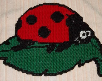 A Little Ladybug Plastic canvas Pattern