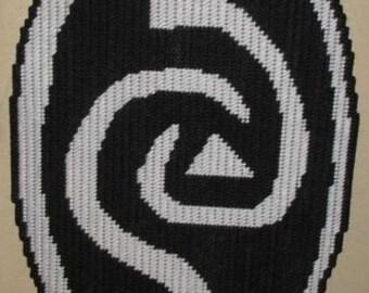 Roswell Alien Charm Plastic Canvas Pattern