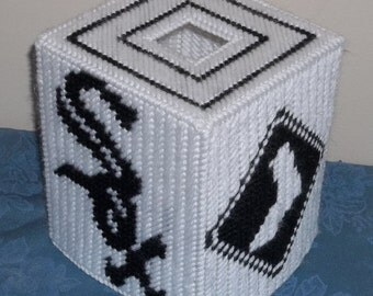 Sox Logo Tissue Box Cover Plastic Canvas Pattern