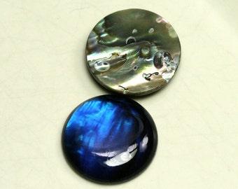 2 pcs 18 mm Paua Abalone round cabochon Dyed Paua Abalone thickness 3.5 mm 180CB