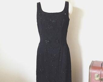 1950's Vintage Beaded Raffia Wiggle Dress, 50's Bombshell Dress, Hourglass Black Dress, Evening Dress, Size Medium M