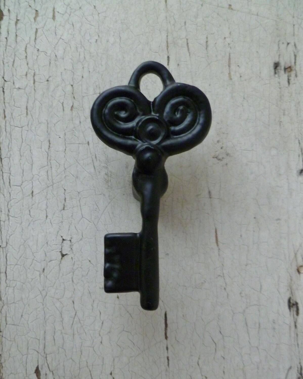 2 skeleton key drawer knobs cabinet pulls vintage for Key drawer handles