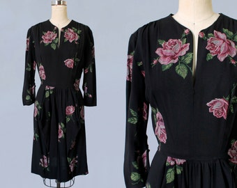 RARE! 1940s Dress/ 40s Cross Stitch Template Roses Print Day Dress