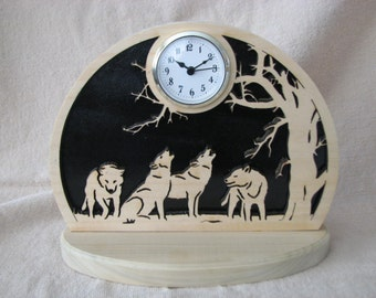 Howling Wolves Clock