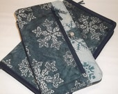 Deluxe Spill Proof Needlecase in Snowflakes for tips, circs and short dpns