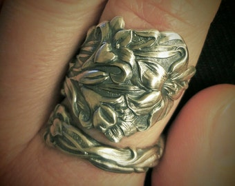 Easter Lily Ring, Flower Ring, Spoon Ring Sterling Silver, Antique Spoon Ring 1908 Paye & Baker, 5th Anniversary, Adjustable Ring Size, 6170