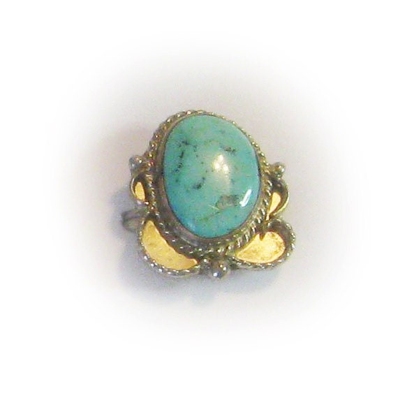 Sterling Silver Blue Turquoise Fashion Ring