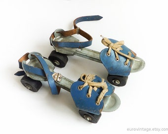 Vintage Adjustable Metal Roller Skates Blue Leather Rollerskates 70s