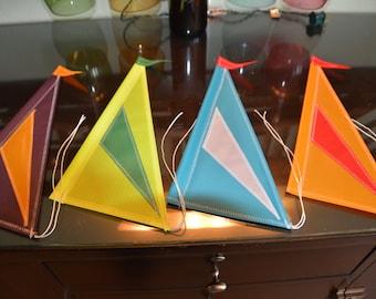New April Sails 2016 (set of 4)