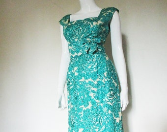 50's Vintage Silk Rose Print Wiggle Dress sm/med
